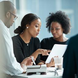 goed-nieuws:-meer-vrouwelijke-bestuurders-|-huwelijksaanzoek-in-maisveld