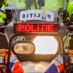 bestuurder-met-hennep-in-auto-ontkomt-aan-meer-dan-tien-politiewagens