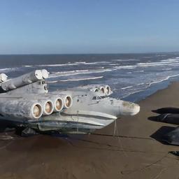 video-|-drone-filmt-enorme-oorlogsmachine-uit-sovjettijdperk