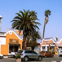 politicus-adolf-hitler-uunona-gekozen-in-regionaal-bestuur-namibie