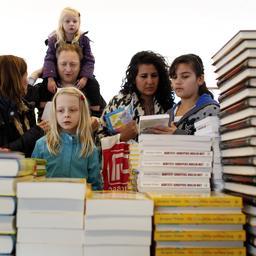 goed-nieuws:-eer-voor-winnaressen-elfstedentocht,-boekhandels-in-de-lift