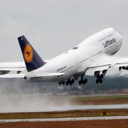 berlijnse-man-opgepakt-omdat-hij-vliegverkeer-instructies-gaf-per-radio