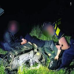 groningse-politie-rukt-uit-voor-'voortvluchtige-militair'-die-hiker-blijkt