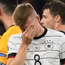 crowdfunding-voor-huilende-jonge-duitse-voetbalfan-brengt-38.000-euro-op