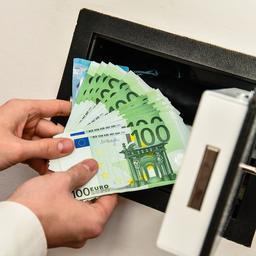duitse-vrouw-loopt-wekenlang-onwetend-rond-met-lot-ter-waarde-van-33-miljoen-euro